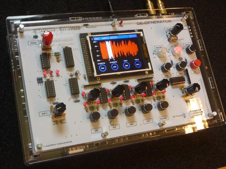 De-Generator DIY synthesizer